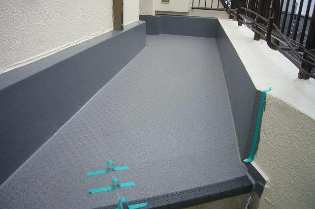廊下 防水工事 長尺シート