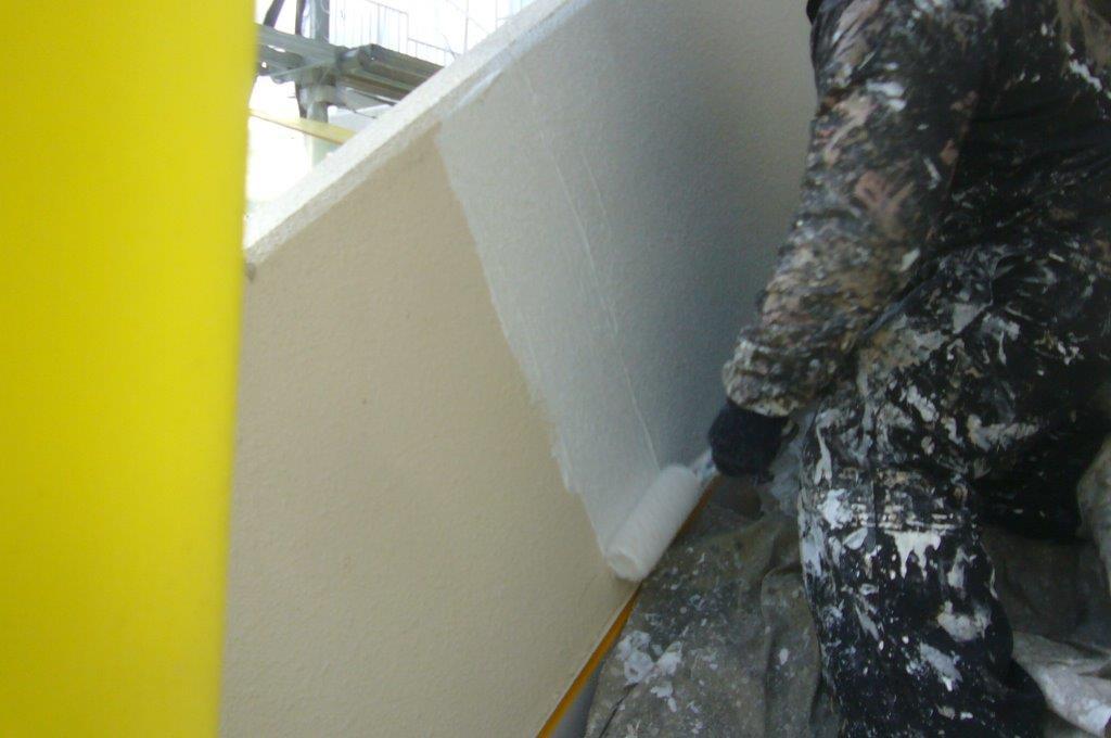 階段廻り 下塗り