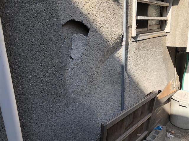 モルタル外壁 剥離