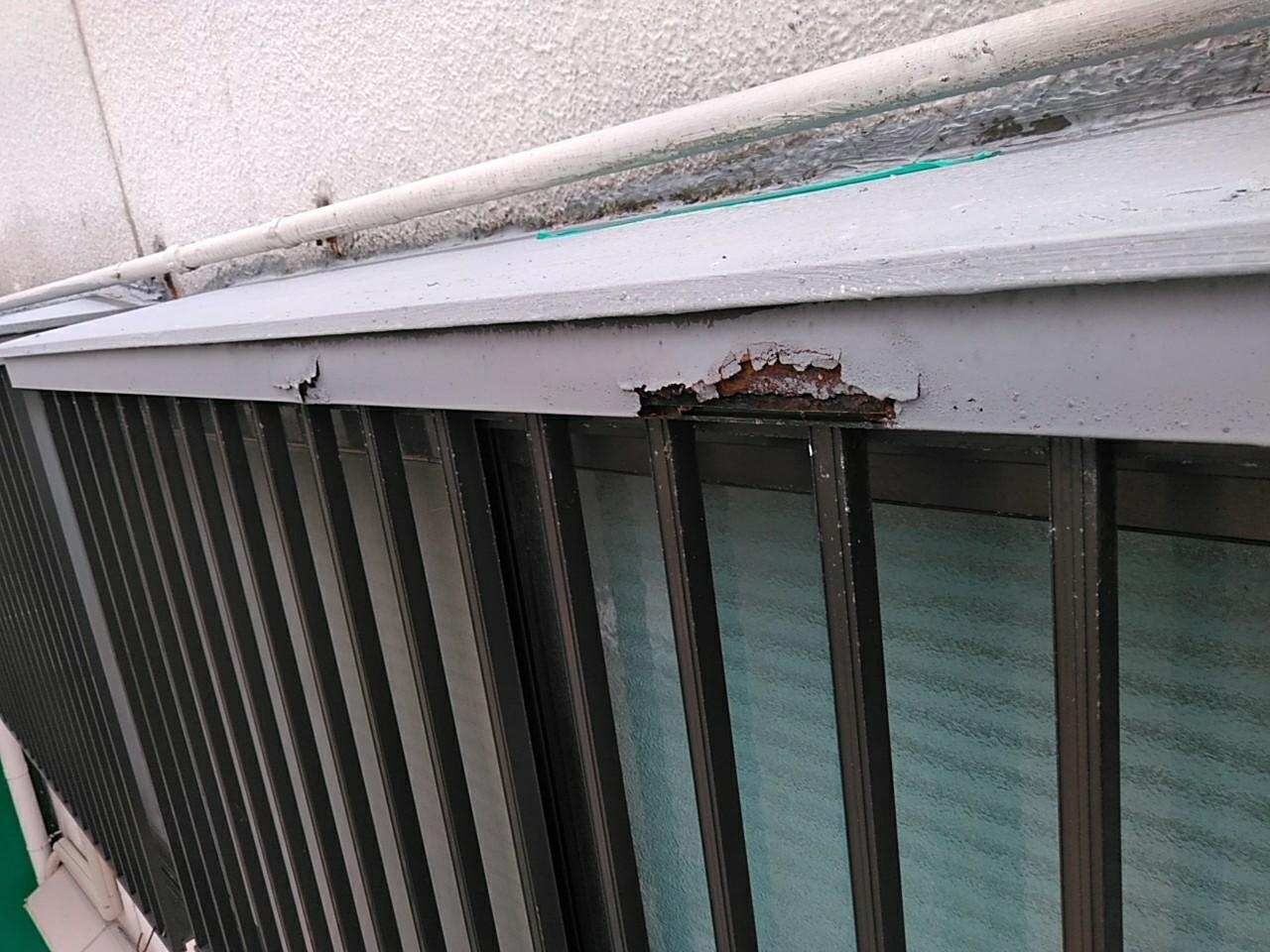 出窓枠腐蝕