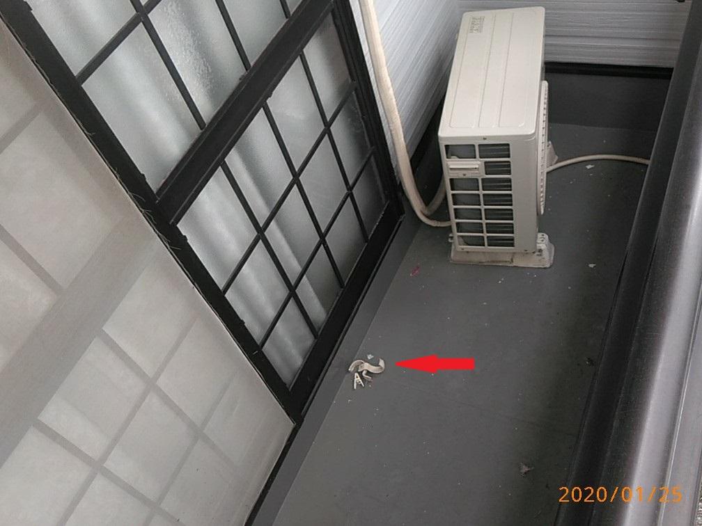 エアコン配線バンド破損