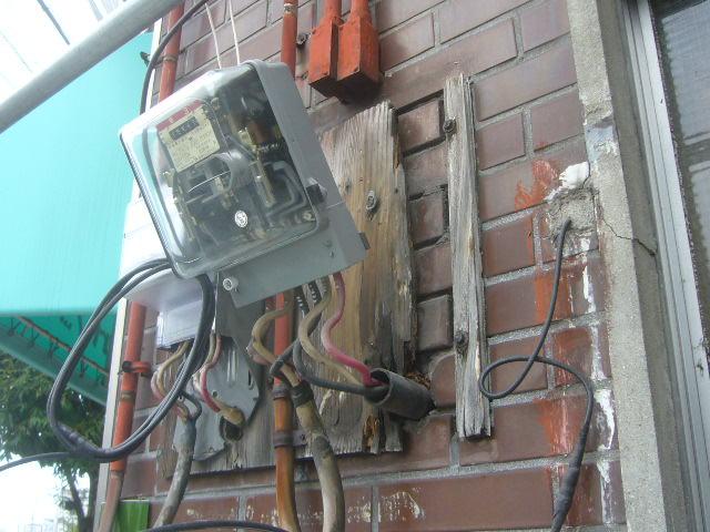 電気メーター脱着
