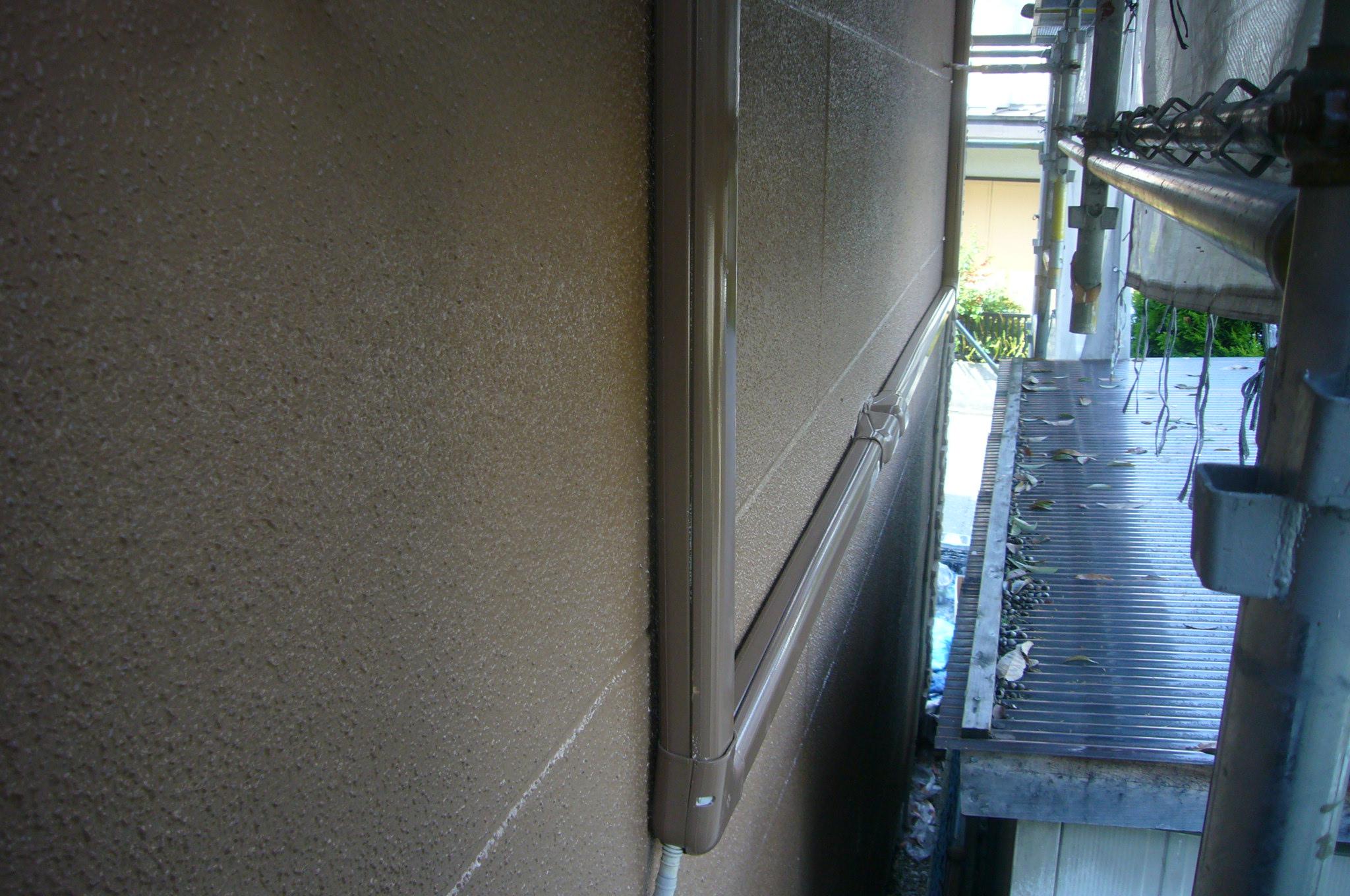 エアコン配線カバー