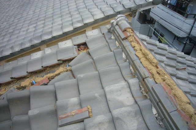 瓦屋根 棟瓦 台風被害