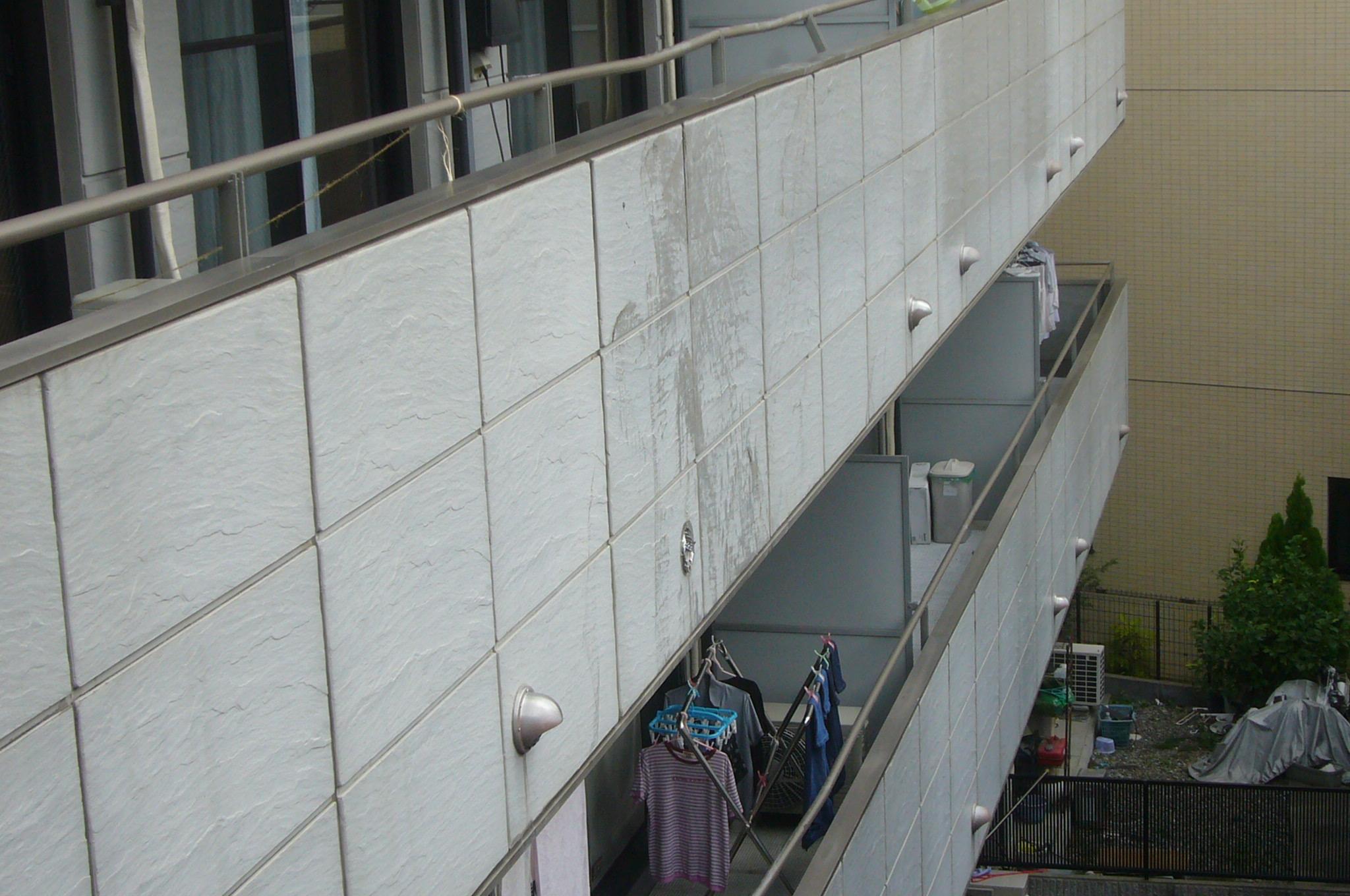 外壁面の汚れ