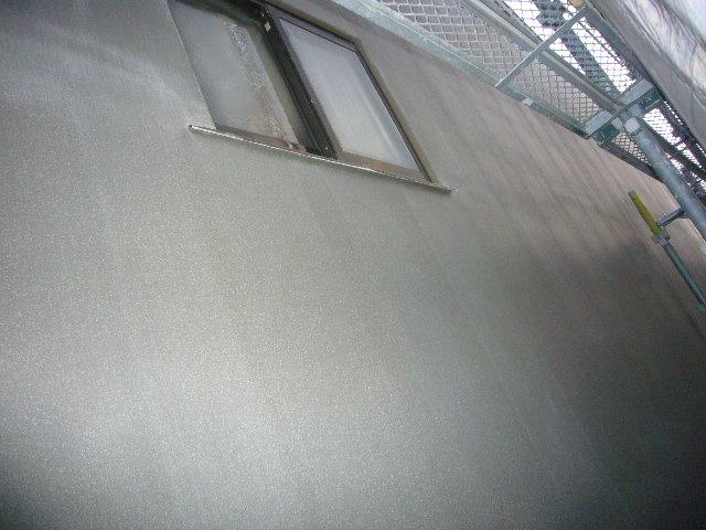 外壁モルタル塗り完成