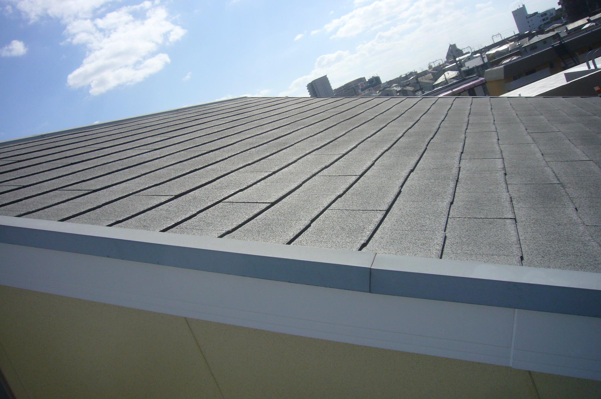 カラーベスト屋根はまだ塗装必要なし