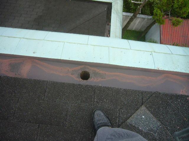 建物内蔵の樋