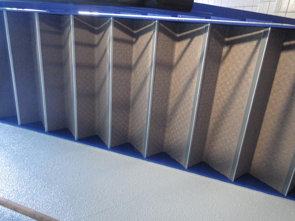 階段シート張り