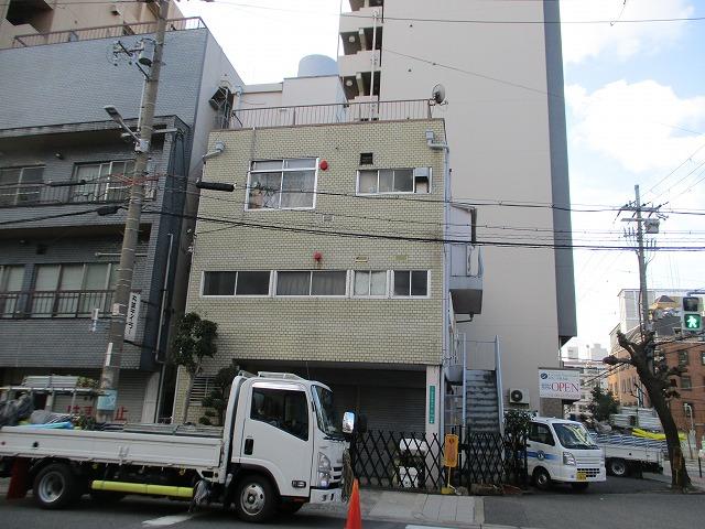 大阪市淀川区でDanサイディングセドナRFをカバー工法で施工