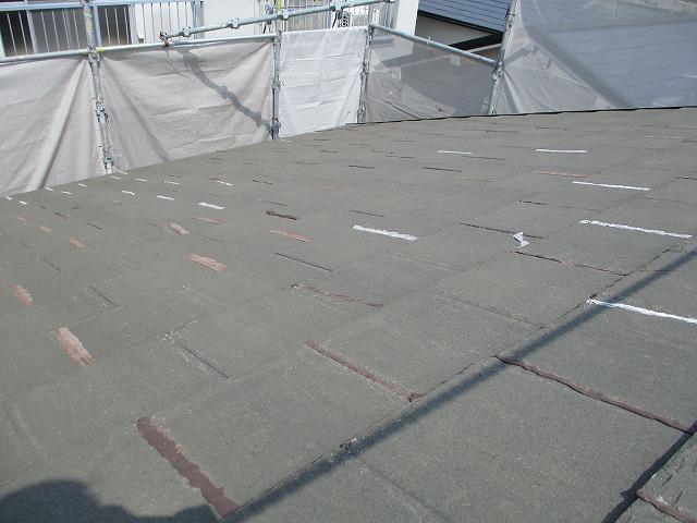 カラーベスト 施工前 クラック 補修跡多数