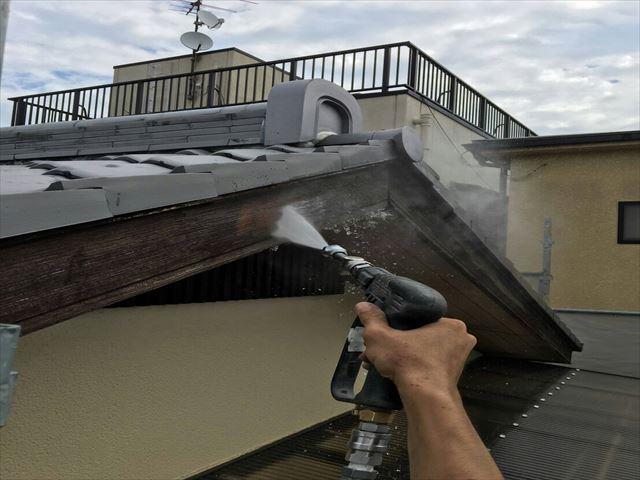 高圧洗浄 破風板
