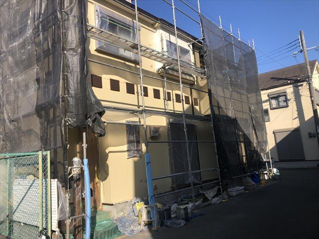 茨木市にて外壁・屋根塗装工事 ①~屋根塗装(屋根には遮熱塗料を使用)~