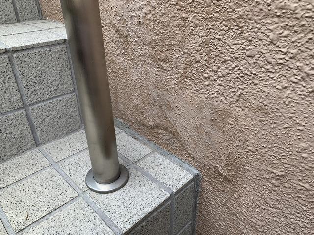 塀塗装 塗膜の膨れ