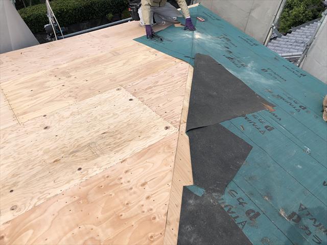 屋根葺き替え ルーフィング貼り 防水シート
