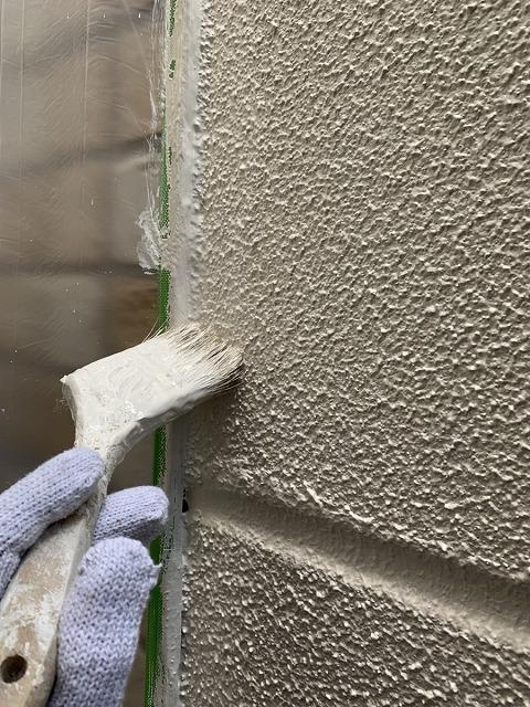 外壁塗装 上塗り ダメ込み パーフェクトトップ使用