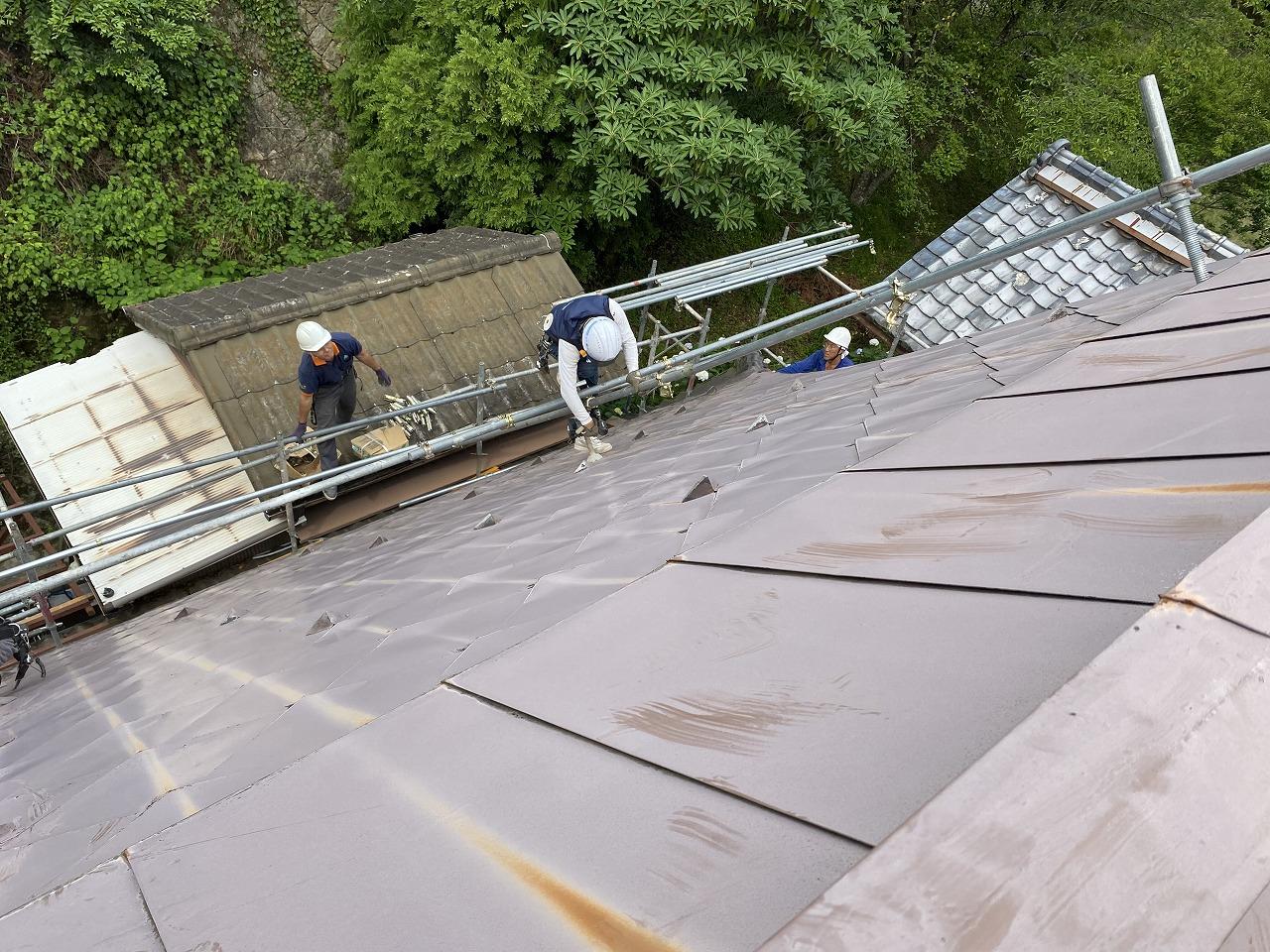 屋根足場 急勾配屋根 屋根塗装 屋根塗替え
