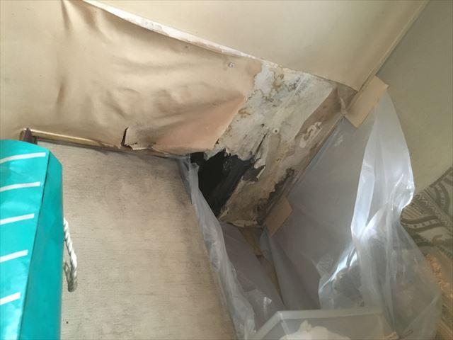 雨漏り被害 天井欠落