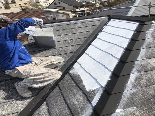 屋根塗装 下塗り シーラー塗布