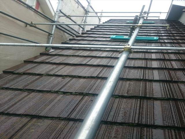 屋根苔汚れ 洗浄済