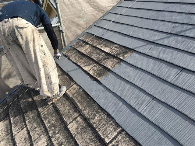屋根塗装工事 1回目塗装