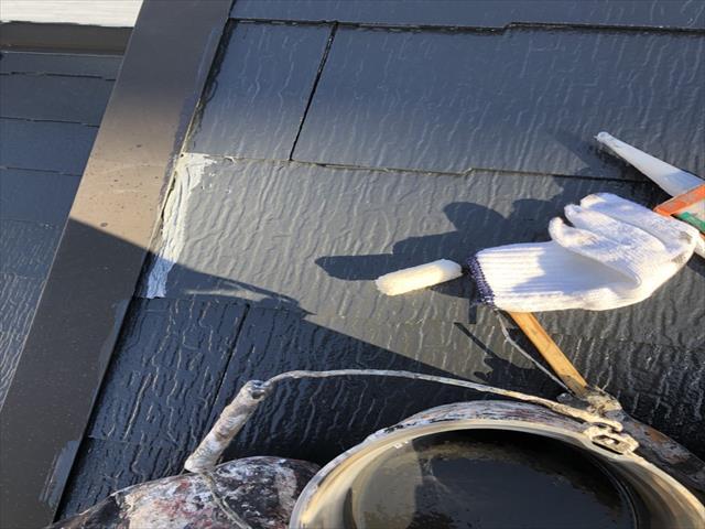 カラーベスト屋根 割れ コーキング充填