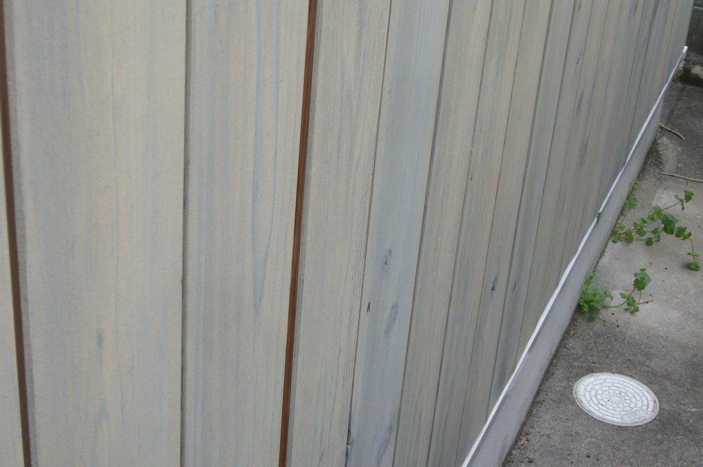 外壁 木材 反り