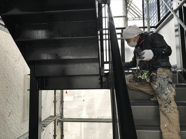 鉄階段塗装