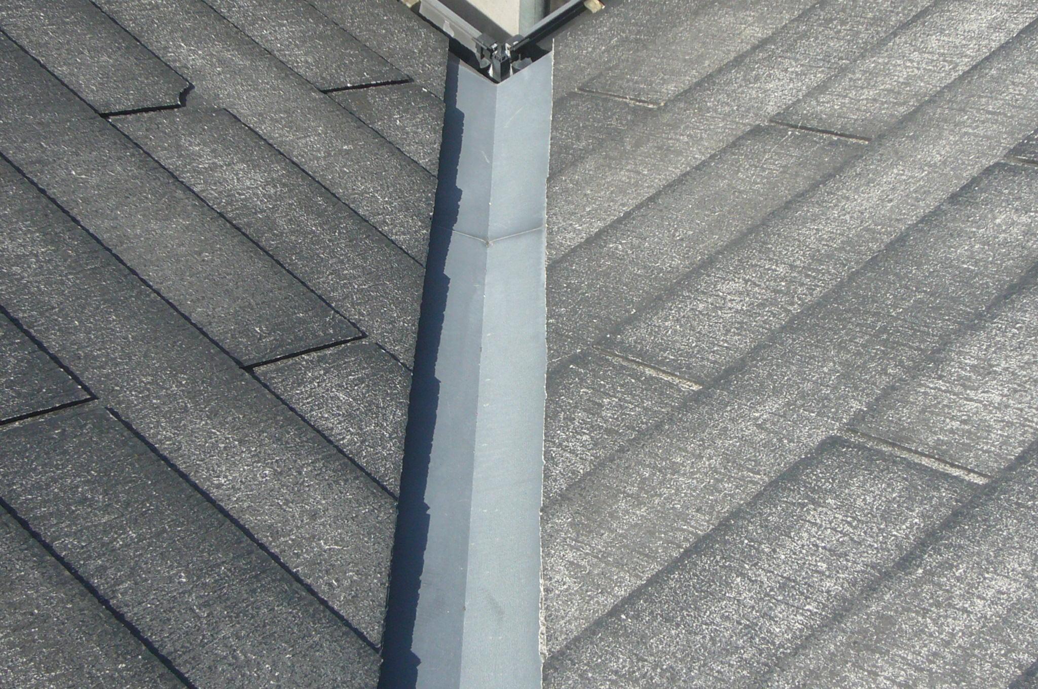 屋根の谷樋劣化