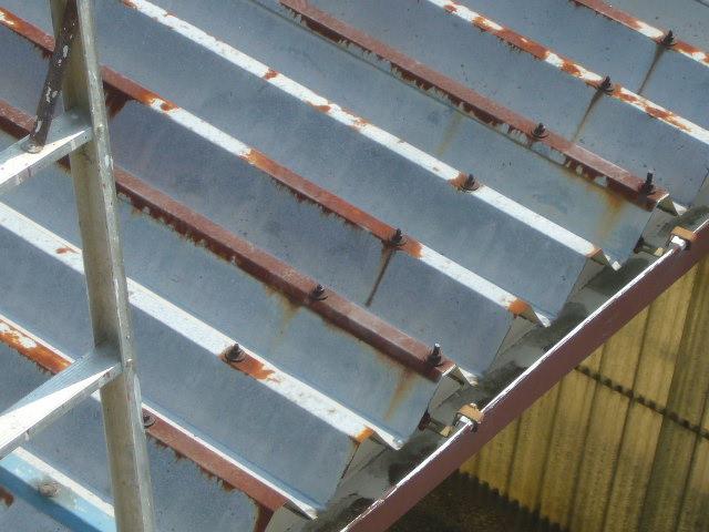 折板屋根劣化状況