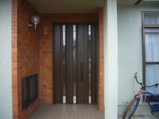 玄関ドア施工後カバー工法