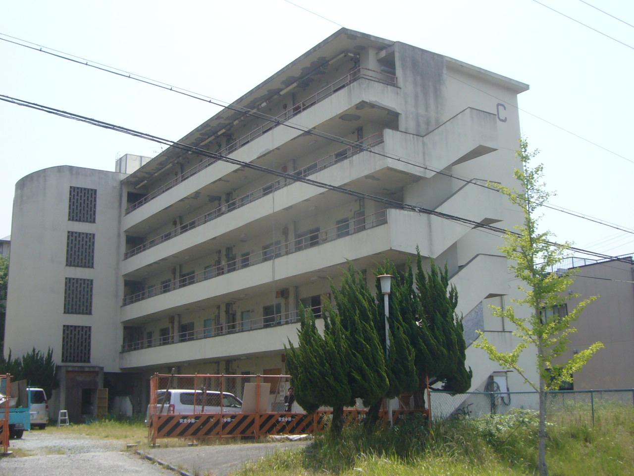 5階建て賃貸マンション施工前