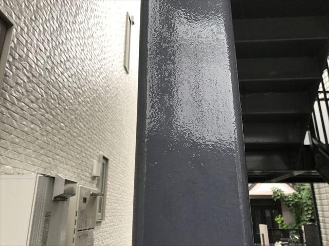 階段 柱 塗装