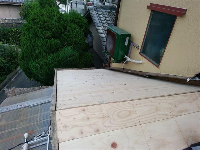 ベニヤ板 屋根